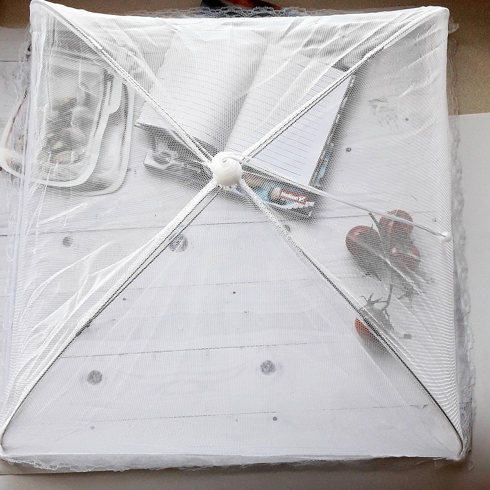 namiot przeciw owadom piknik jedzenie na dworze polu