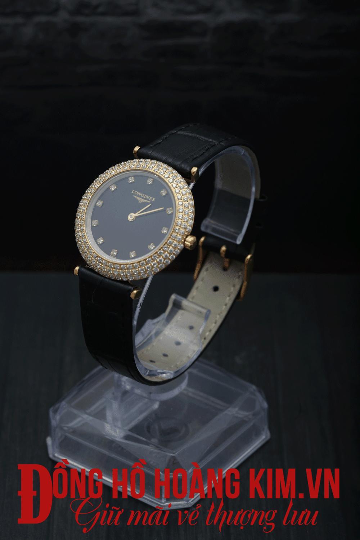 Update Hình ảnh những chiếc đồng hồ đeo tay nữ dây da mới nhất đang bán chạy