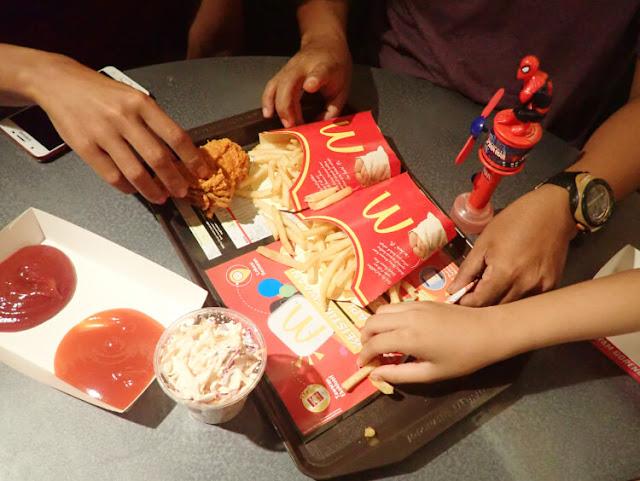 table service, mcdonald's bukit bintang, malaysia