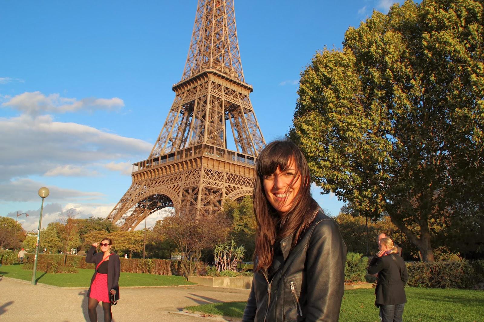Dianamiaus y Torre Eiffel