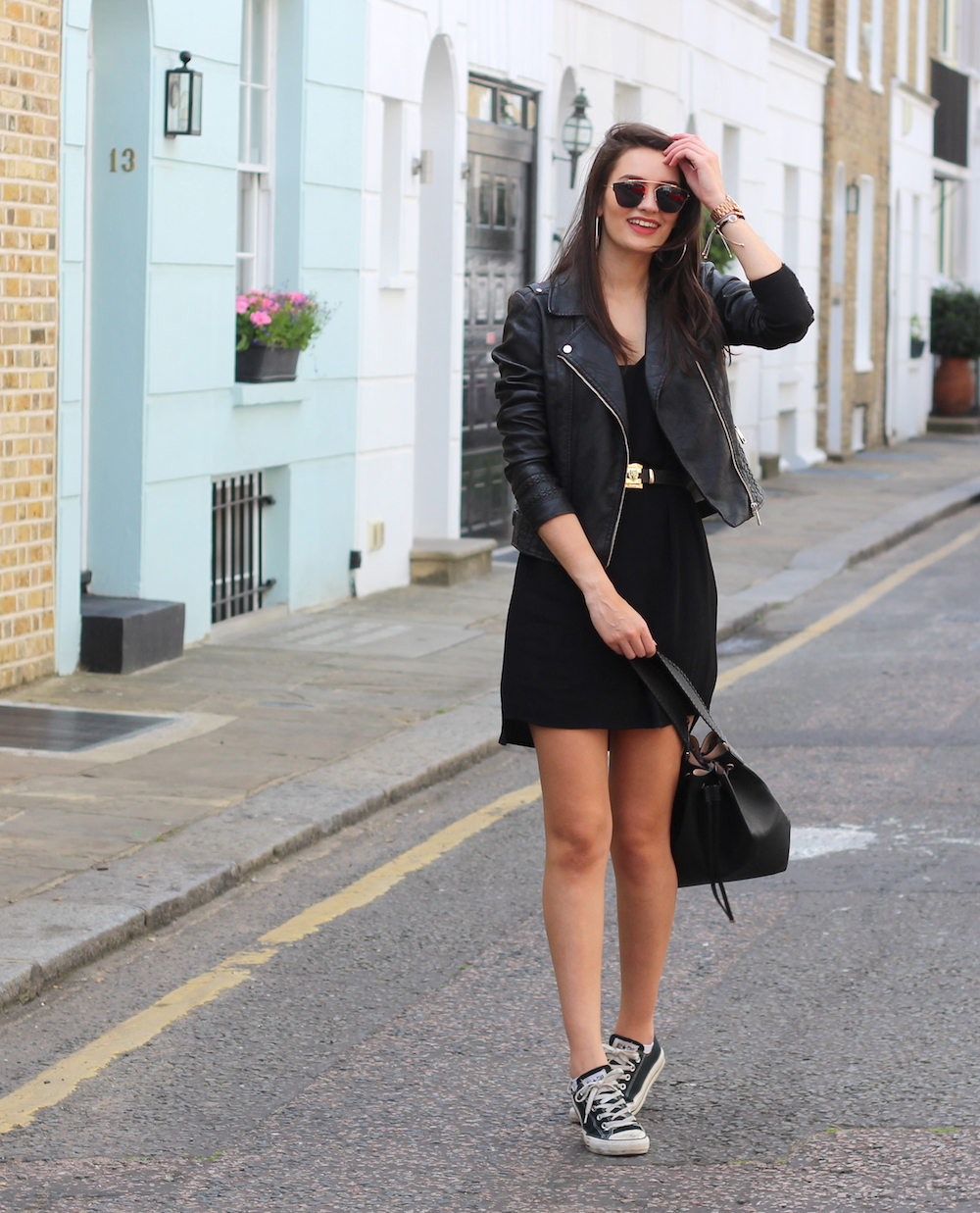 london street style all black summer