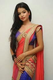 Bhojpuri-Actress-Figure-In-Sari