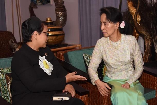 Menlu Retno Marsudi dan State Counsellor Daw Aung San Suu Kyi bahas situasi di Rakhine State, Myanma