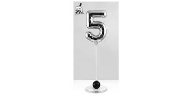 High5 Chrome Balloon Fine Art Sculpture by Fanakapan x Silent Stage