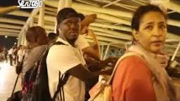 فيديو- كل من في المطار مبهورين بإستقبال الوايت نايتس لكوماندوز اليد