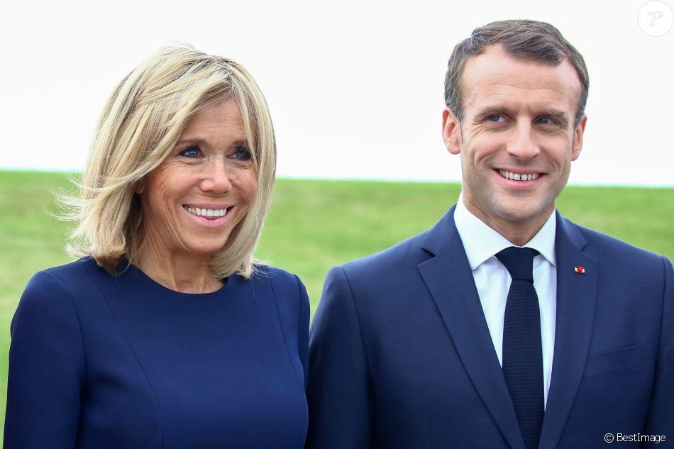 Photos Brigitte Macron Fete Ses 66 Ans Retour Sur Ses Looks Toujours Plus Elegants