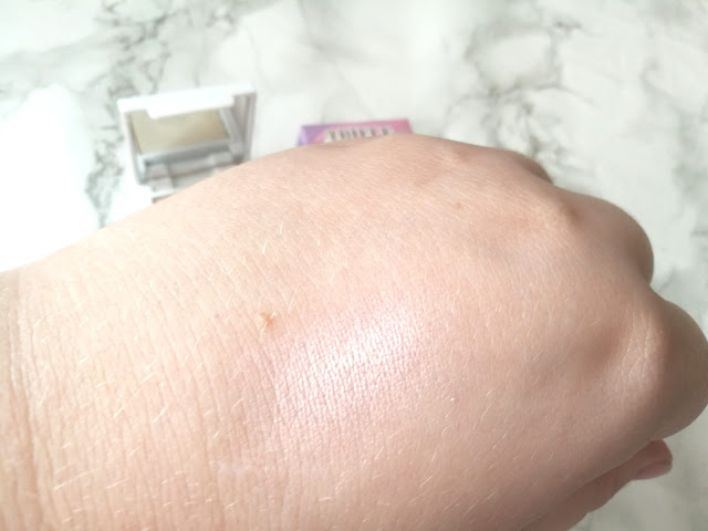 Trifle Cosmetics Atlantis Cookie Prismatic Highlighter Swatch