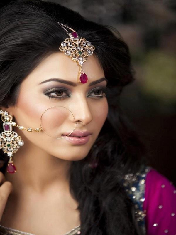 Pakistani Model Eshal Fayyaz Biography  Latest Pictures -4801