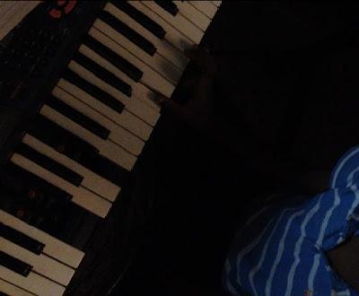 broken keys of the piano keyboard
