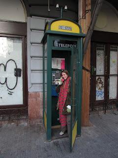 Teléfono rosa Budapest