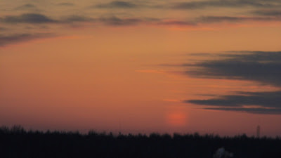 Солнечный Луч  27 декабря 2016 Красота Заката Солнца просто чудесно для меня лично аналогия изображения лучей созданный мной на картинке и Солнечный луч 27 декабря 2016 Солнышку, Сиянию, Лучу и Облакам БлагоДарю  Обнимаю мои родные