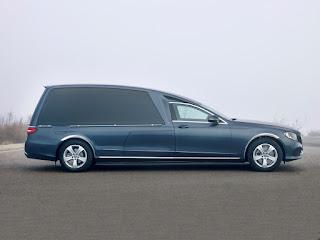 Limousine Mercedes Solaris