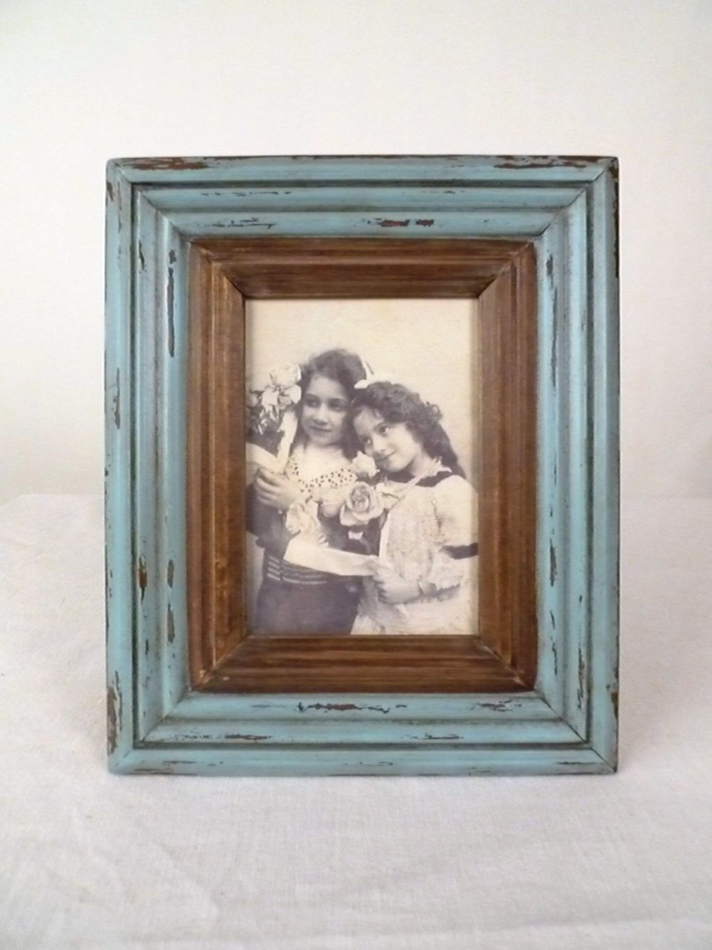 Wilco Imports Distressed Wood Frame