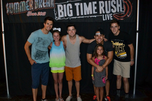 Mommys kitchen recipes from my texas kitchen homemade kool aid the girls were so excited to have the opportunity to meet the guys from big time rush and pose for a photo all i can say is these two girls were happy m4hsunfo