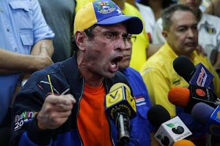 """Maduro ordena una querella contra Henrique Capriles """"por difamación"""""""