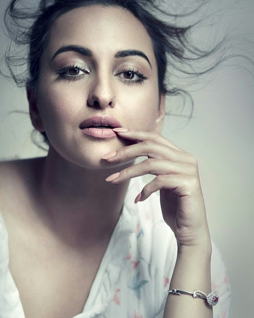 Sonakshi Sinha Photoshoot For Cover of Elle Magazine June 2017 Issue