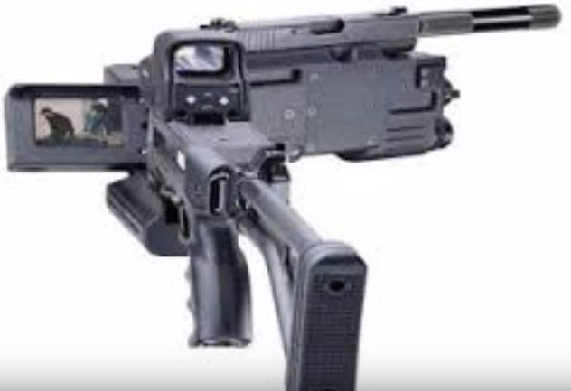 Gambar Corner Shot senjata buatan Indonesia yang dapat dibelokkan
