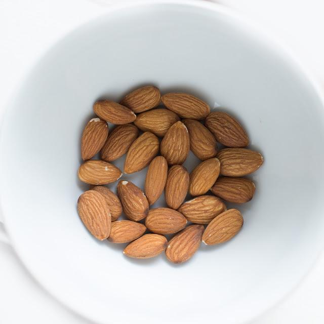 Mandorle: proprietà e benefici di un alimento che fa davvero bene