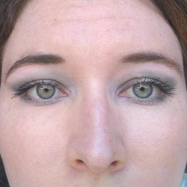 grüne, rauchige Smoky Eyes mit Misslyn