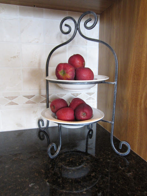 Decorating with Apples