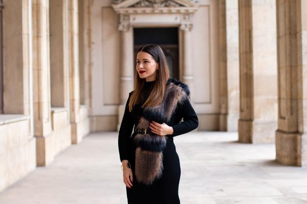 adina nanes how to wear the fur collar