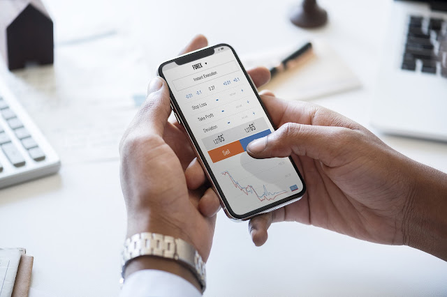 3 Perbandingan Trading Saham dan Forex: Untung, Resiko, & Modal – Aturportomu