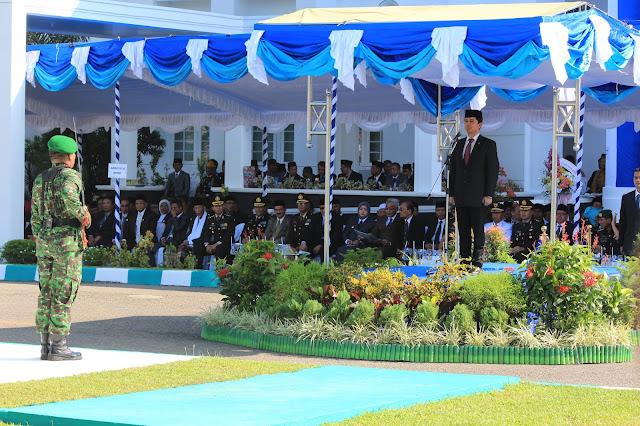 Inspektur Upacara Hari Jadi ke-14 Kota Bima, MenPAN-RB Apresiasi Prestasi Pemerintah