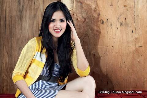 Foto Raisa Andriana hot