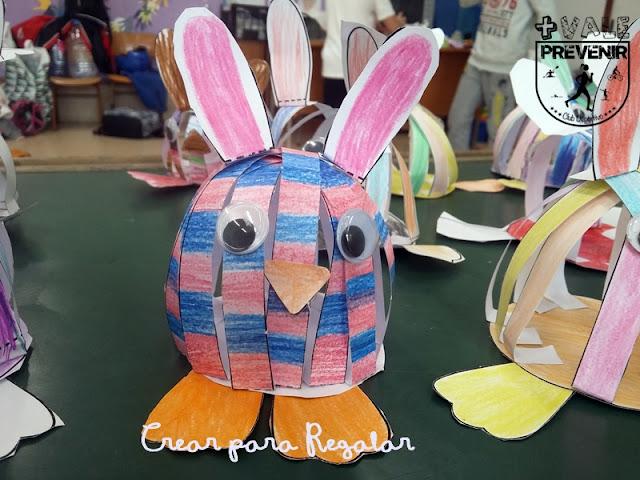 manualidad para niño conejo pascua