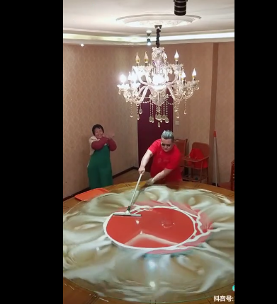 chines guy table cleaning viral video