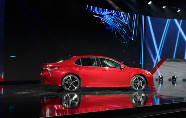Toyota 2018 Camry Live Stream from the Detroit Auto Show
