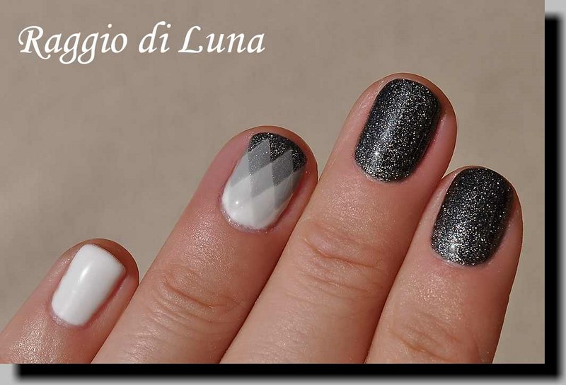 Raggio di Luna Nails: UV gel manicure with free-hand nail art ...