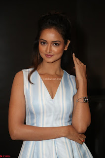 Shanvi Looks super cute in Small Mini Dress at IIFA Utsavam Awards press meet 27th March 2017 02.JPG