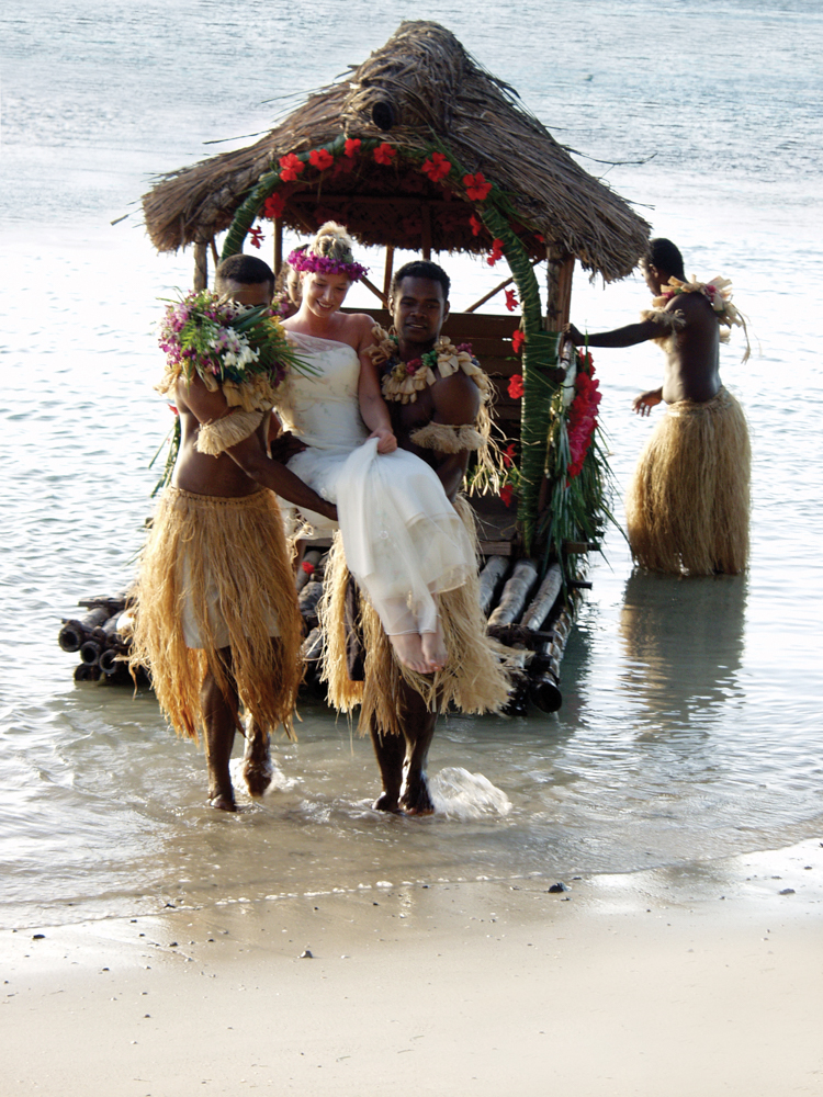 Plan Your Grand Beach Wedding At Turtle Island Resort In Fiji Live The Ivy