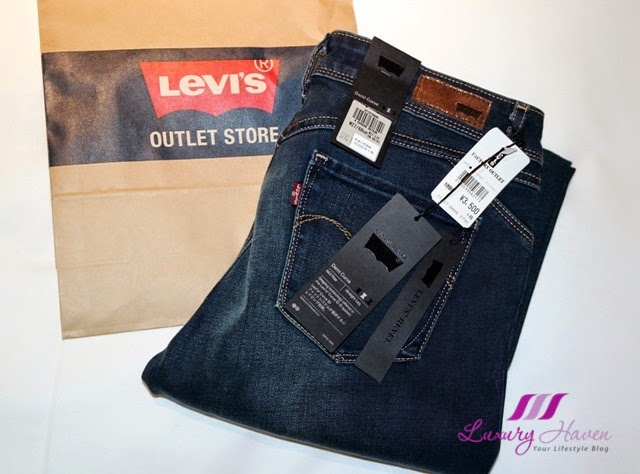 aomi venusfort levis outlet shopping revel collection jeans