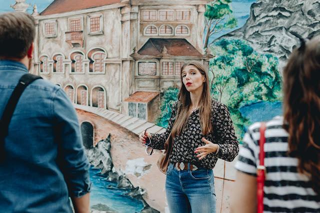 Uma cena muito gira em Cascais Marisa arte urbana muraliza