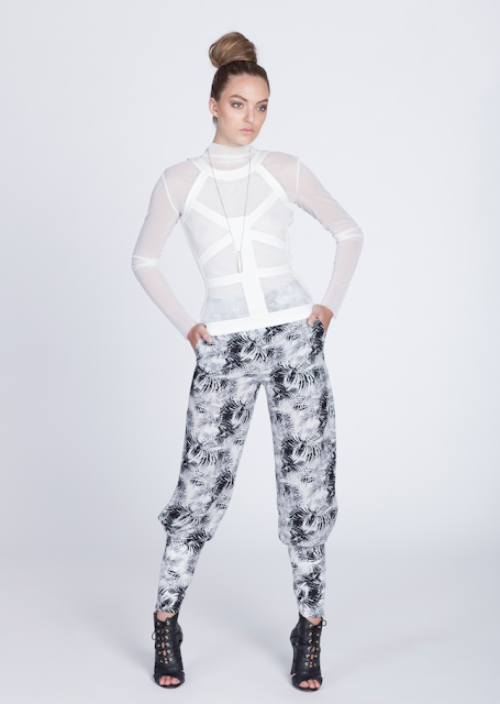 http://amandamariafashion.com/products/icy-palm-printed-pants