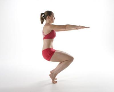 Tư thế Hot Yoga Awkward Pose