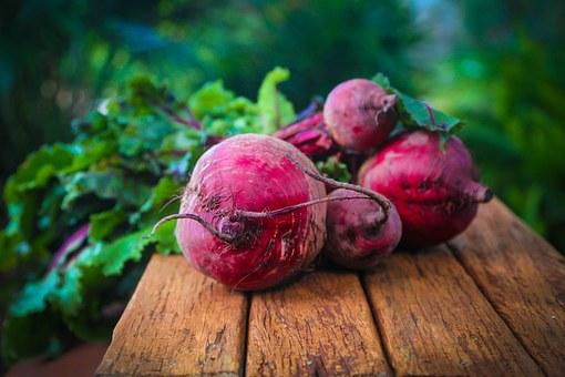 8 Manfaat Buah Bit, Si Buah Merah dengan Se-Gudang Kebaikan