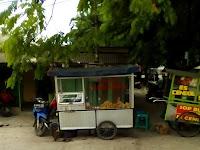 Gorengan di Segitiga Emas Wisma Jaya