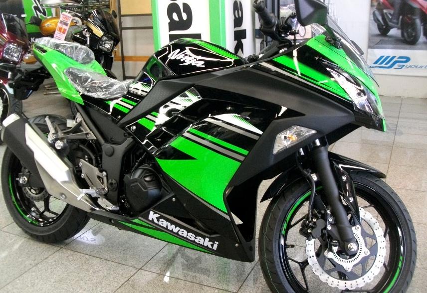 Mungkinkah jika Kawasaki memproduksi Ninja 250 Fi dengan 4 silinder ?
