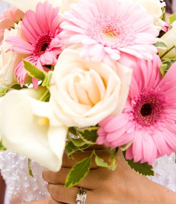 Spring Wedding Flowers: Wedding Flowers: Spring Wedding Flowers In Season
