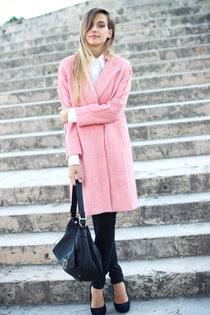 Ultimate Classy Pink Pastel Coat Outfit Ideas For This Winter