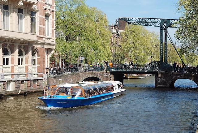bateau mouche Amsterdam