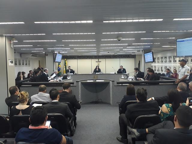 TRE cassa os diplomas de prefeito e vice de Croatá