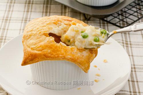 Fish and Prawn Pies02