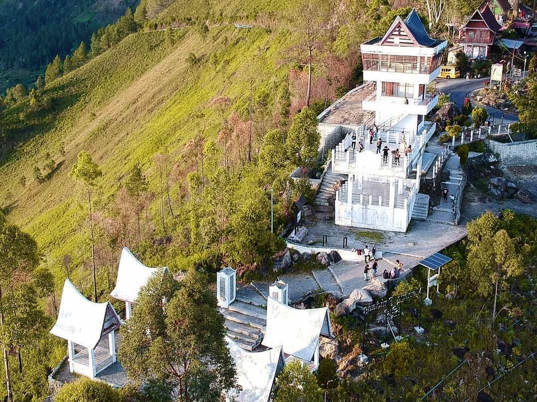 tele puncak terbaik di kepingan surga - Tempat Wisata di Medan yang Wajib Anda Kunjungi