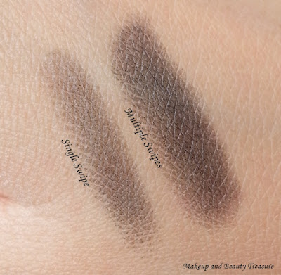 Be A Bombshell Eye Crayon in Black Jack swatches
