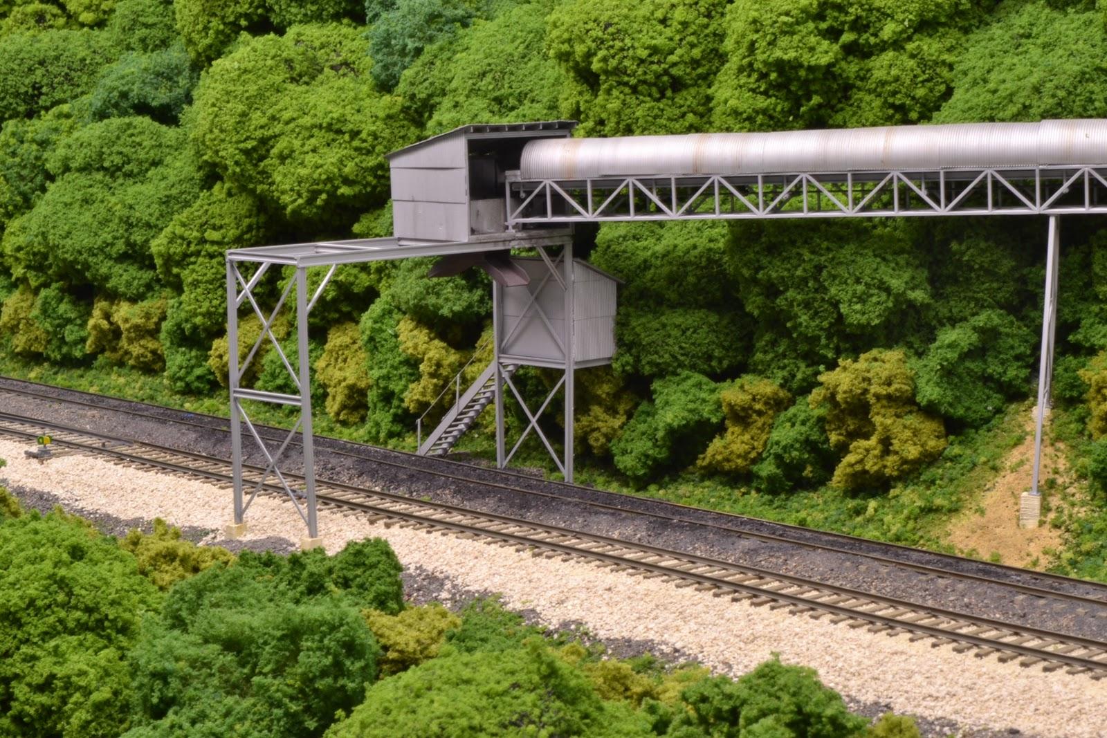 Chesapeake Wheeling And Erie Railroad Tipples Truck