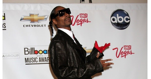 Celebrity Heights | How Tall Are Celebrities? Heights of Celebrities: How Tall is Snoop Dogg?